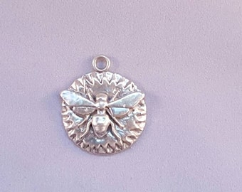 Stirling bee pendant