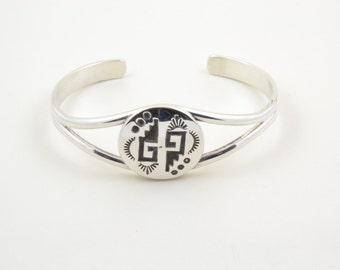 Bracelet, Navajo, man, woman, money 9/25