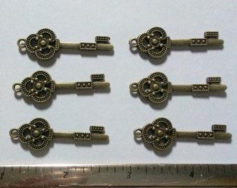 Antique Bronze Metal Key Charms