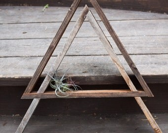 Triangle Wall Hanger