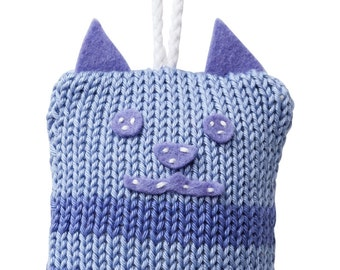 Hand Made Knitted Tiny Kitty Toy - Lilac