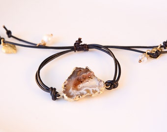 Druzy leather pull