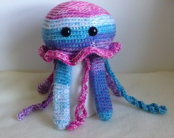 Crocheted animal Archie Jellyfish