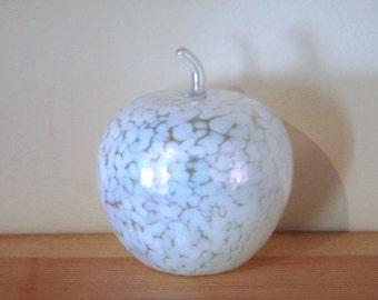 Beautiful Vintage Ditchfield Heron Style Iridescent Decorative Glass Apple