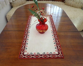 Vintage Serbian Hand Embroidered Tablecloth Linen Flax