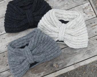 Vela Handknitted Wool Neckwarmer Scarf