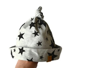 Top knot baby hat |  2-4 month | Jersey | Grey | Stars | Baby shower | Baby gift | Cute | Comfortable | Beanie | Unisex |