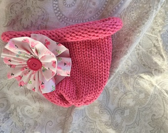 Sweet knitted Hat for baby and tots!