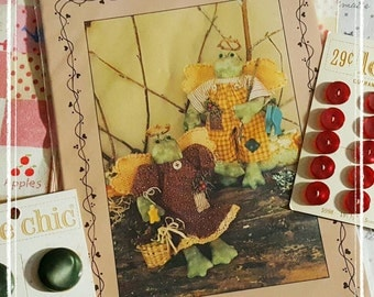 1997 Bunny Hugs Sewing Pattern for 2 Frog Angel Ornaments