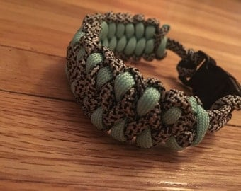 Dragon claw paracord bracelet