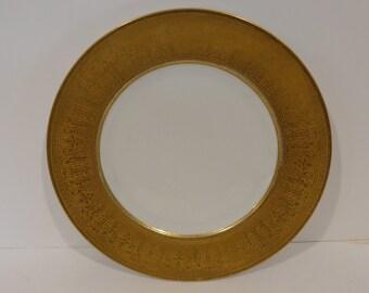 Vintage Hutschenreuther Selb 22 K GOLD trim Dinner Plate