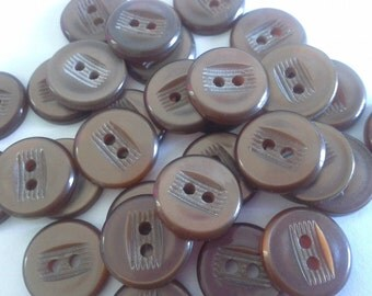 20 Buttons Brown Plastic 14mm Set of 20 A26