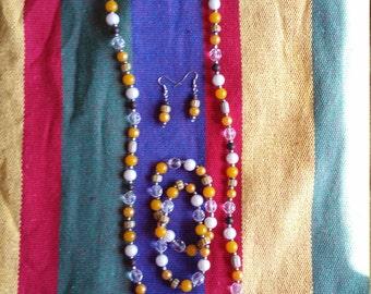 A golden harvest jewelry set