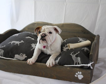 Rustic Dog Bed Medium