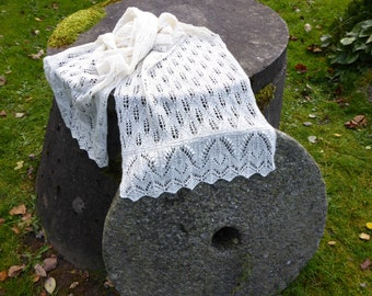 Lace shawl, deluxe, bridal, wool