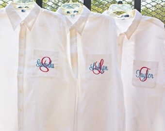 Monogrammed Bridesmaid Oxford, Oversized Bridal Party Shirt, Set of 5, Personalized Button Down Shirts, Bridesmaids Gift, Bachelorette Party