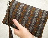 Gift pouch, 2 pockets, bridesmaids, wedding, handmade, iphone - dark brown