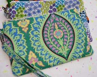 Wedding Clutch 2 pockets ,medium,green,discount plan set, wristlet- Imperial paisley emerald
