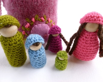 Cozy cottage on the go wood peg dolls felted pouch