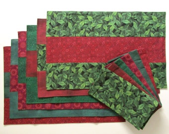 Placemats Napkins Winter Red Green Set of 6