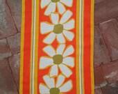 Vintage 1960s Vera Dishtowel Linen Mod Daisy 60s Vera Neumann Tea Towel 2016172