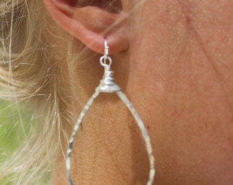 Hammered Tears | Tearshaped hoops| Silver Tear Hoops | Hammered Silver Earrings  | E-045