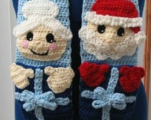 Mr. & Mrs. Santa Scarf Crochet Pattern with Gift Pocket
