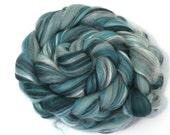 Merino Wool and Silk Blend Combed Top Jade Garden Fine Merino Fibre for Felting or Spinning Yarn