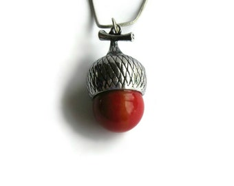 Red Acorn Pendant, Women Jewelry, Christmas Jewelry, Gifts for Her, Gifts Under 20, Acorn Pendant, Acorn Necklace, Pendant Necklace