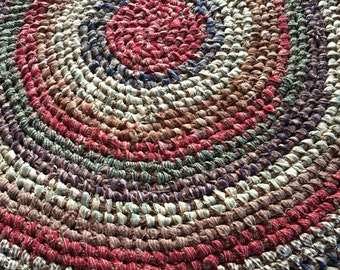 Amish Knot Rag Rug a.k.a. Toothbrush Rug Homespun Fabrics Rustic Country Primitive