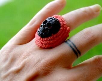 Black in Coral Hemp Skull Ring
