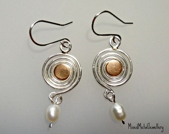 Mixed metal spiral coil pearl earrings