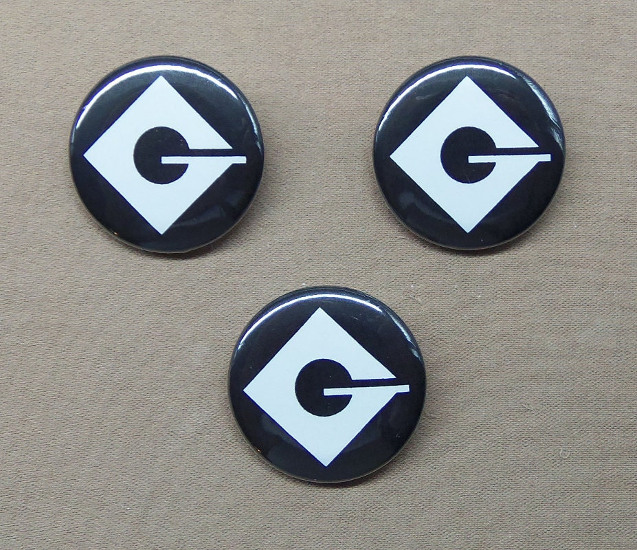 Despicable Me Set Of Three Gru Logo Buttons 125 Minions Villain
