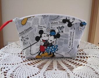 Minnie Cosmetic Bag Clutch Zipper Purse Vintage Mickey Made in the USA Bridal Wedding Essential oils case