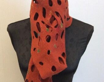 Gefilzter Schal, extra lang - rost