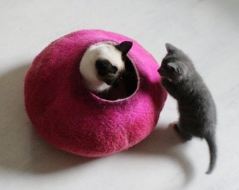 ON SALE till 30.09 Cat Bed / Cave / House / Vessel - Hand Felted Wool - Hot Pink Bubble - Crisp Contemporary Design - READY To Ship