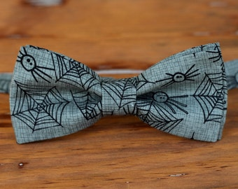 Mens gray cotton bow tie - mens Halloween spider black gray bow tie - men and teen boys - mens gray spider web bow tie - costume bow tie men