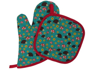 Hedgehog Oven Mitt and Pot Holder Set