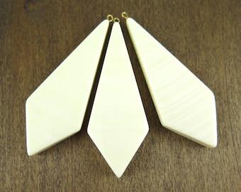 Vintage Plastic Faux Ivory Diamond Pendants (2X) (P509)