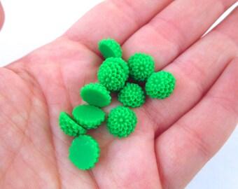 12 10mm Green Flower Cabochons, chrysanthemum mum cabs
