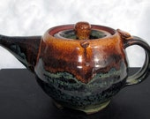 Personal Teapot in Rich Brown and Oatmeal