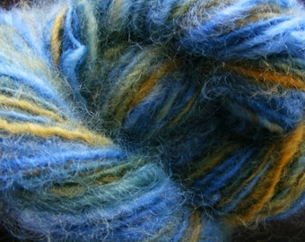 WAIMEA Handspun Wool Yarn Romney Fleecespun 93yds 2.5oz 8wpi aspenmoonarts knitting art yarn