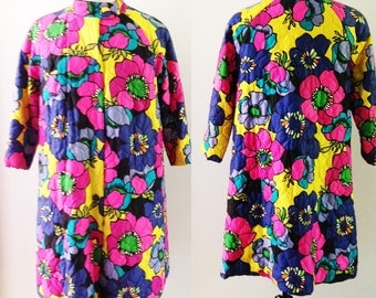 Vintage 60s Quilted Robe Fifth Avenue Robes Sak's 1960's Psychedelic Mod Bright Flower Power Floral A-Line Jacket Coat