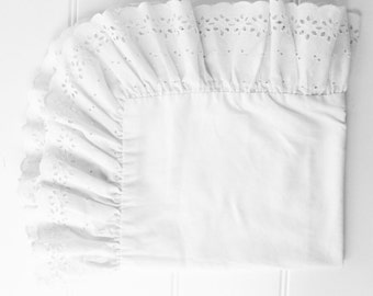 Vintage Pillow Sham - Heavy Eyelet Lace Trim - White - Standard Size