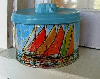 Vintage Sailing Tin with Turquoise Plastic Lid Organizer Holder
