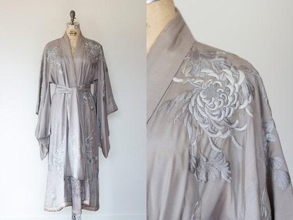 Art Nouveau/Art Deco Edwardian 1910s-1920s Antique Japanese Embroidered Silk Flapper Robe/ Kimono