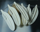 White carved bone large feather aprox 75x18mm, 2 pcs (item ID L05BF)