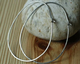 Handmade hammered large oval (egg shape) stainless steel hoop 58x44mm, one pair (item ID SSEGG18GB)