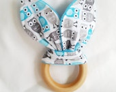 Natural Wooden Teether with Crinkles - Mini Owls in Gray and Blue - New Baby Gift - Neutral Natural Wood & Fabric Teething Ring