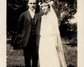 vintage photo 1928 Beautiful Flapper ERa Bride & Groom Flower Crown Veil